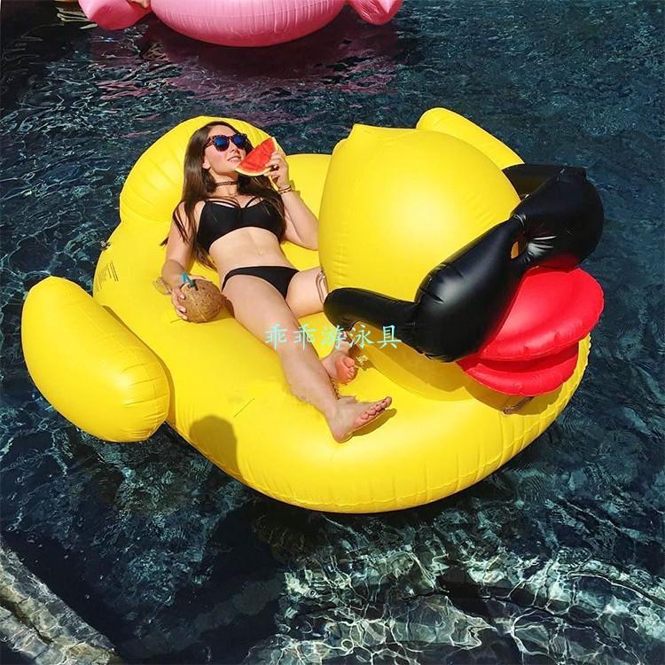 超酷墨鏡黃鴨浮床充氣水上戲水玩具成人游泳圈浮排鴨子坐騎水泡