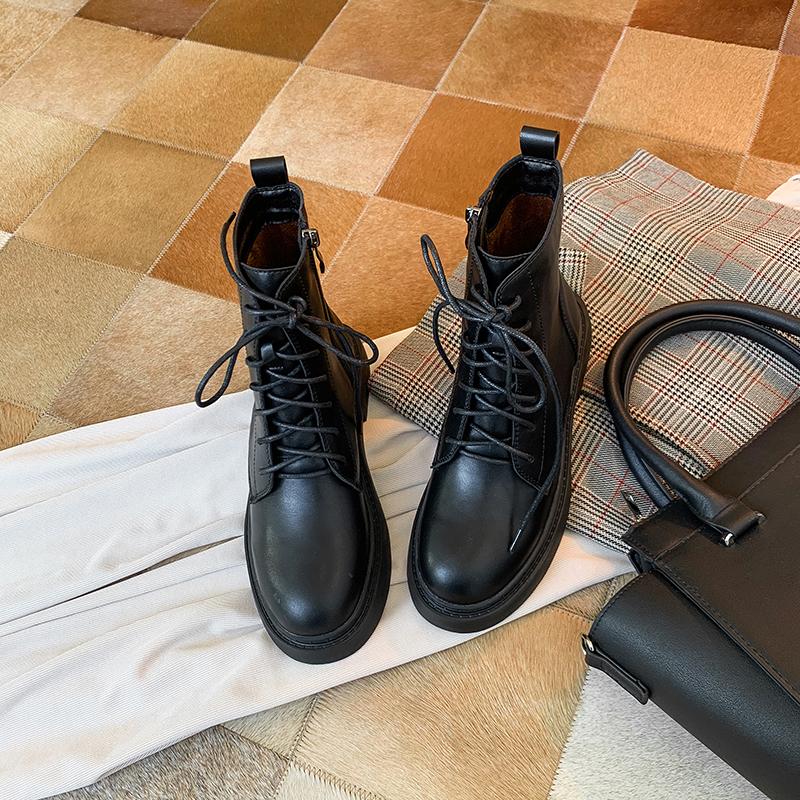 新款潮鞋带帅气马丁靴女短靴英伦风黑色机车靴子 2019 福利款