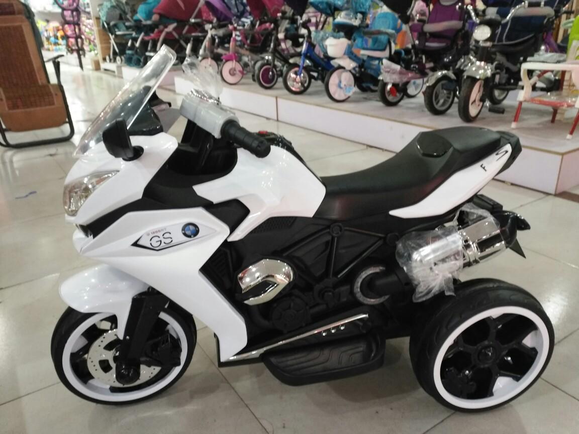包邮新款特价儿童电动摩托车可坐儿童摩托警车三轮童车儿童电动车