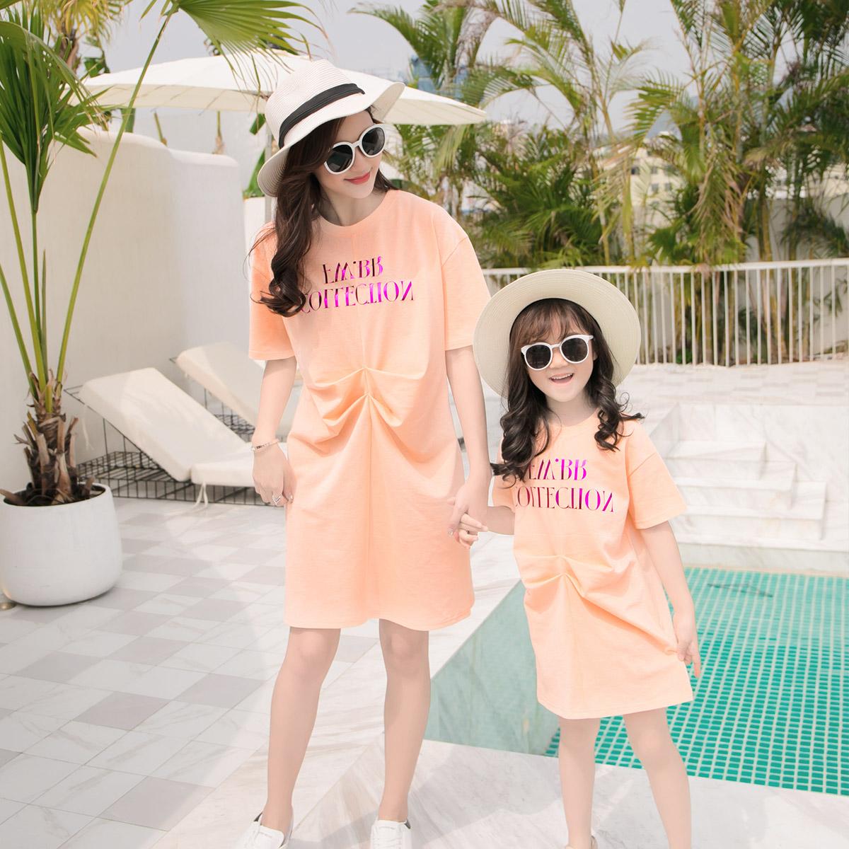 2019时尚韩版全家亲子装三口家庭装母子母女装短袖T恤短裤套装夏