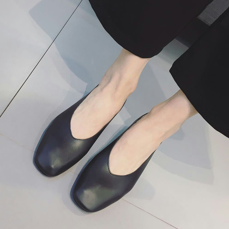 奶奶鞋2019新款温柔晚晚单鞋平底复古低跟粗跟秋仙女的鞋中跟少女