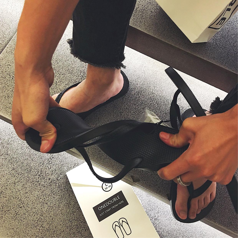 2019新款拖鞋男夏韩版潮流个性防滑人字拖男学生夹脚沙滩休闲凉拖