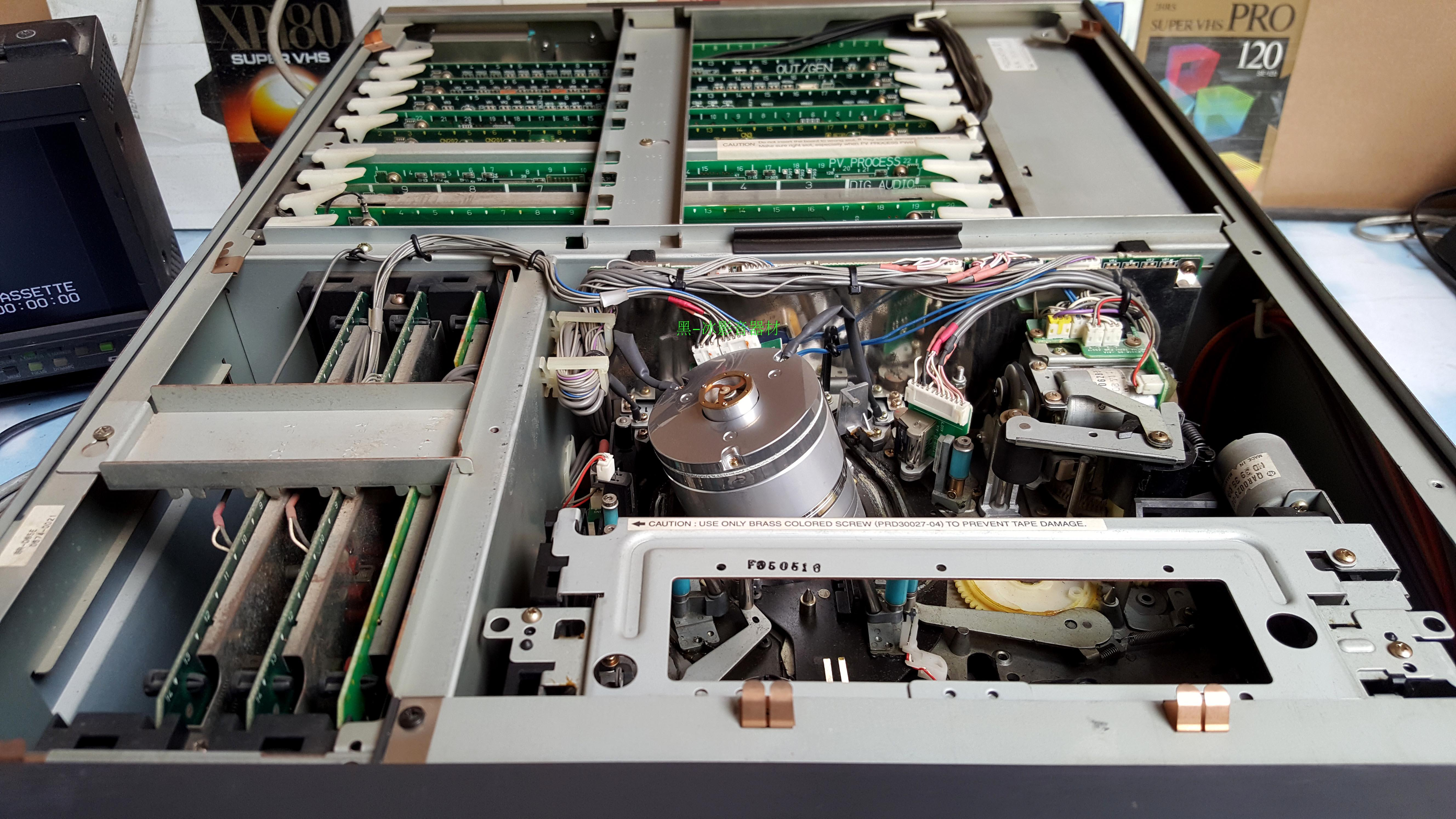 JVC数字录像机【杰伟世】专业S-VHS录像机 BR-D85E