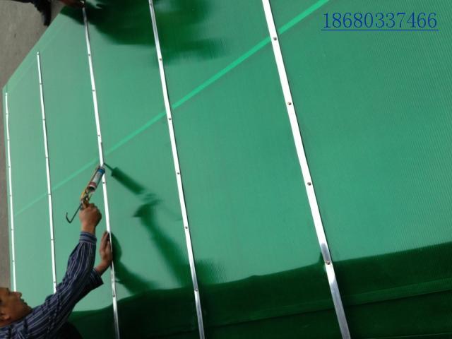 中空阳光板实心耐力板透明隔热防晒防雨户外空心雨棚板耐紫外线 PC