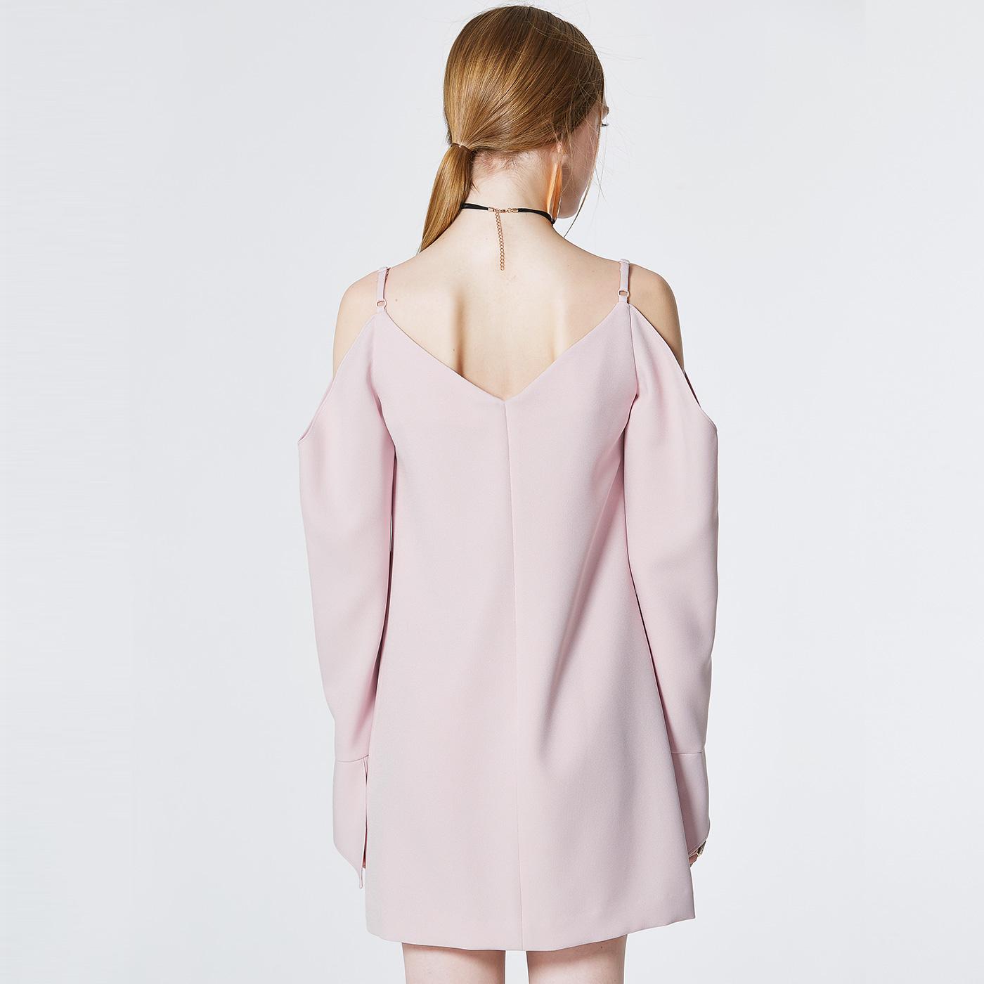 糖力 春装新款欧美女装粉色吊带露肩开叉长袖V领连衣裙中长款裙子