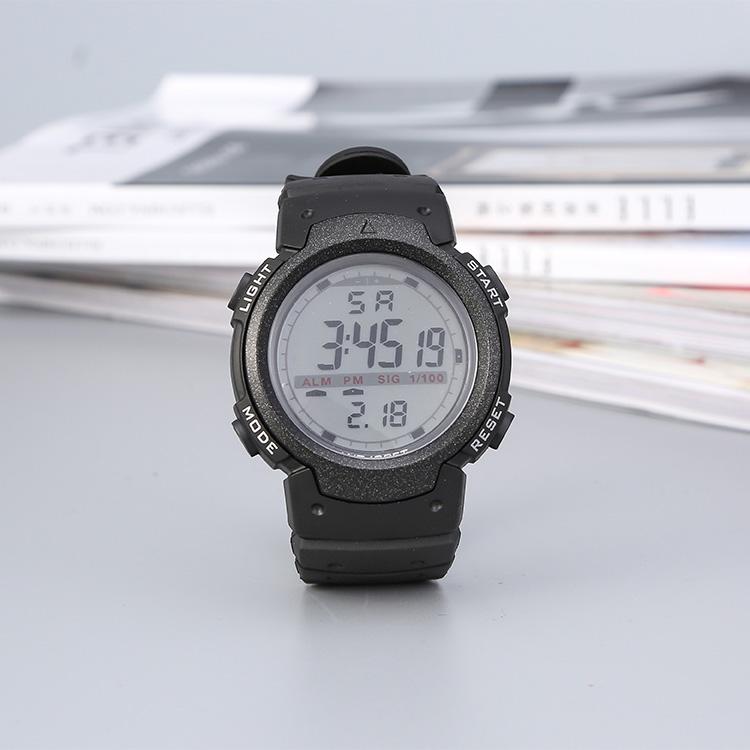 新款简约型户外运动防水电子表男士多功能时尚大表盘手表特价包邮
