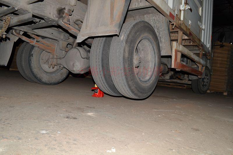 汽修工具 吨 50 吨 32 吨 20 吨 10 吨 5 吨 2 5T10T20T 立式液压车用千斤顶