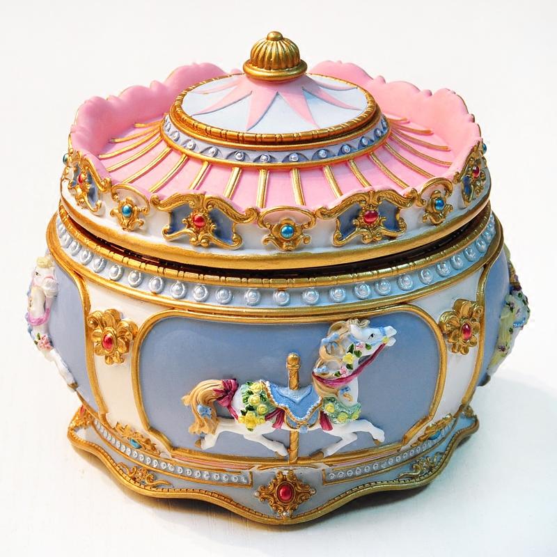 旋转木马音乐盒创意个姓八音盒礼品走心生日礼物送女生儿童小朋友