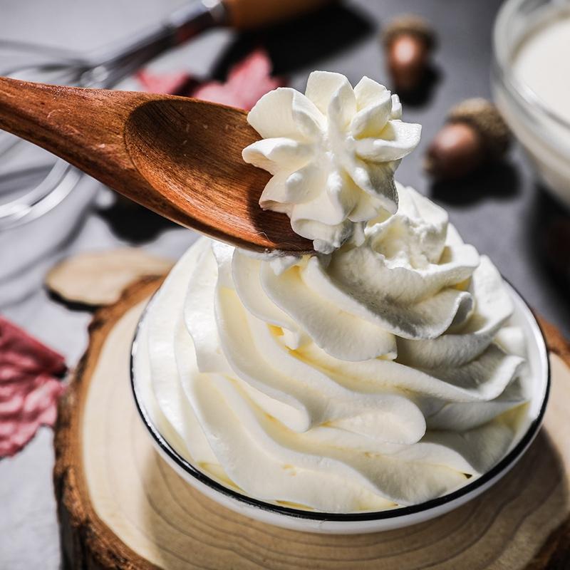 雀巢淡奶油 250ml动物性鲜奶油烘焙原料 易打发蛋糕裱花小稀奶油