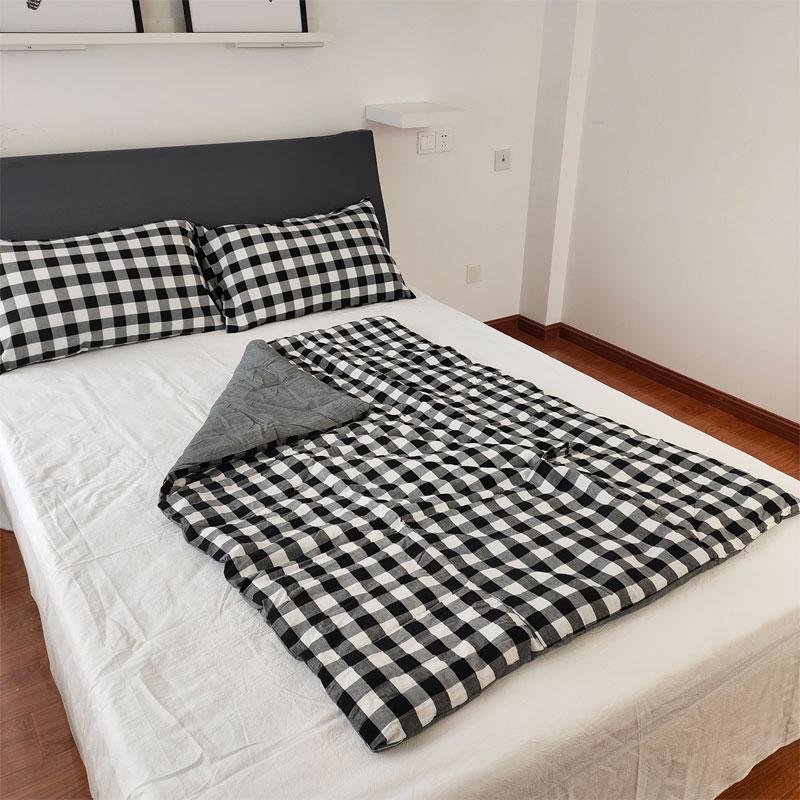 全棉水洗棉抱枕被两用午睡办公室夏被折叠毯子空调被车载便携抱枕