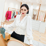 Korean style queen 2020 summer French temperament small fragrance wind beaded V-neck waist chiffon shirt top female new