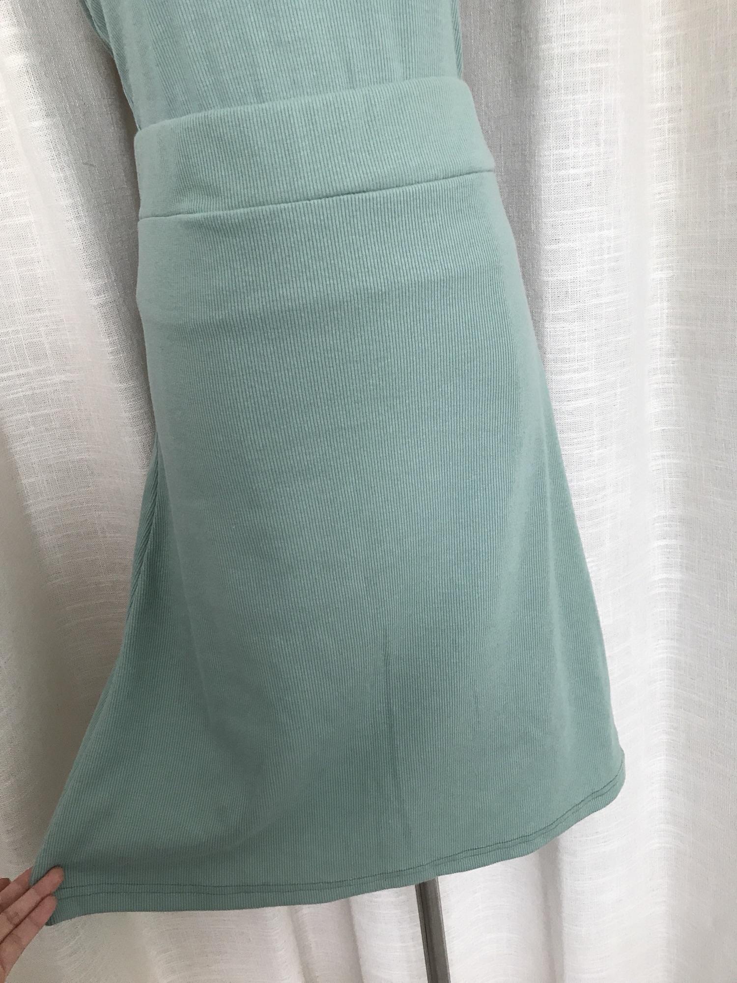 晚时光 晚晚风高腰半身A字裙 复古绿色螺纹半身裙