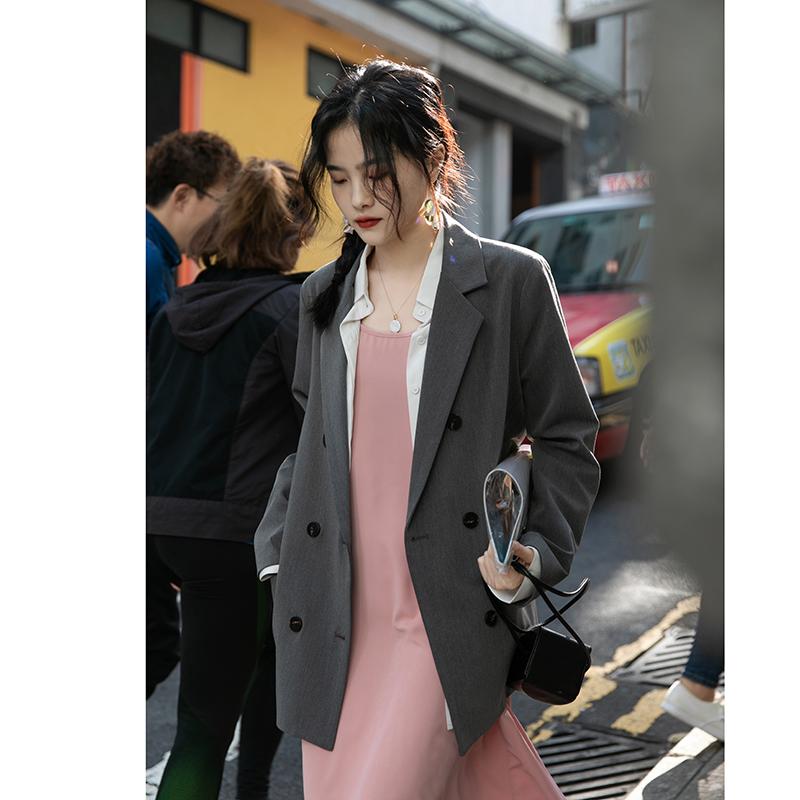 觅定白色西装外套女春秋设计感小众休闲西服上衣粉色春季薄款新款