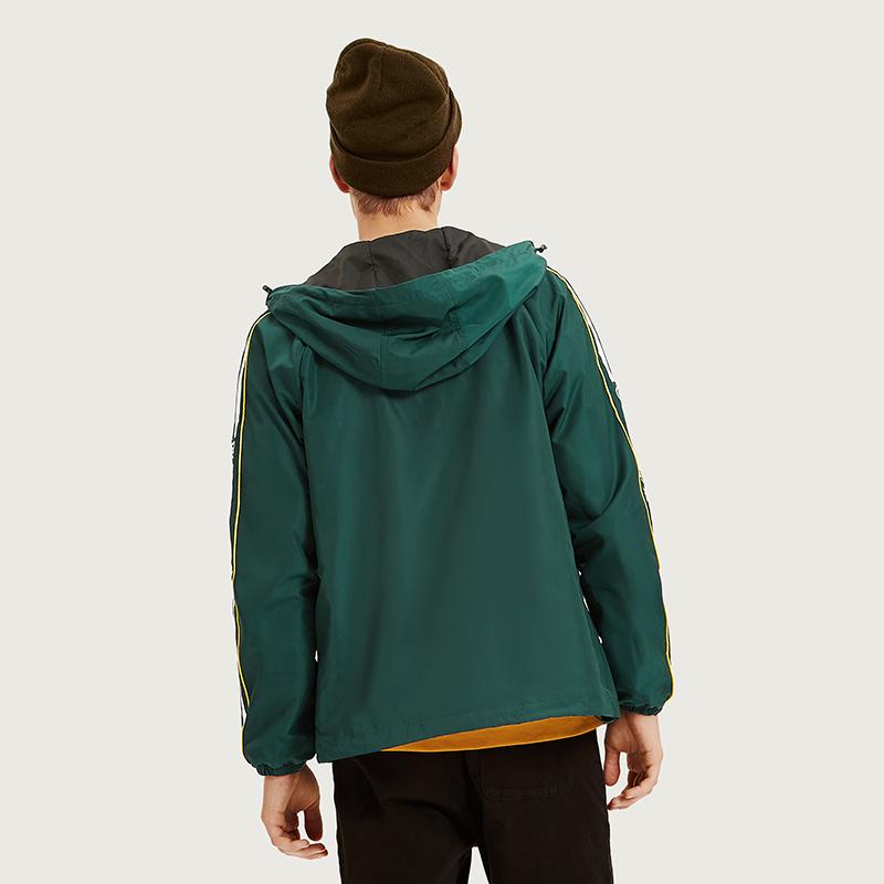 时尚绿色连帽长袖潮男风衣撞色字母印花外套 新款男装 2018 秋季 A21