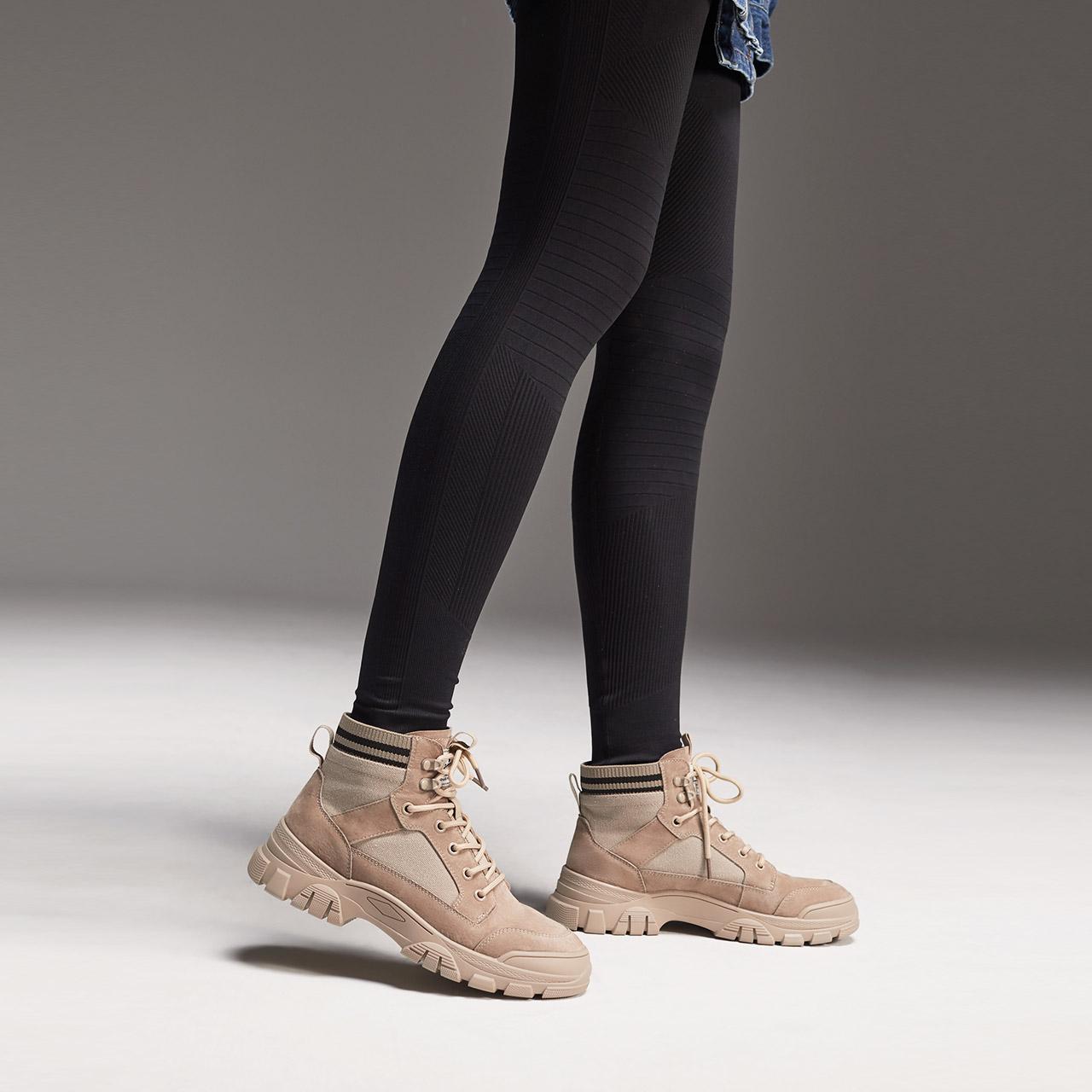 25077DD0 潮工装靴女绑带休闲短靴 ins 冬新 2020 百丽厚底马丁靴女