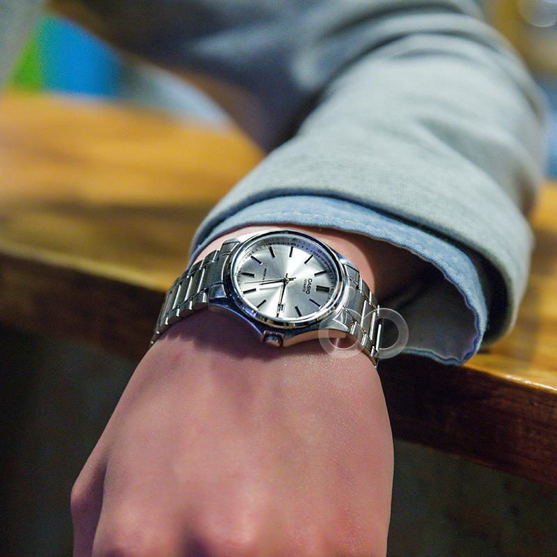 正品Casio卡西欧手表钢铁之心简约金属非机械石英男士手表MTP1183