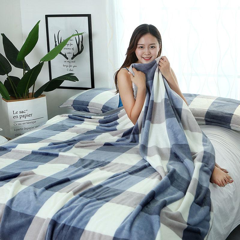 夏季珊瑚毯子夏天办公室午睡薄款小被子冬季加厚床单人法兰绒毛毯