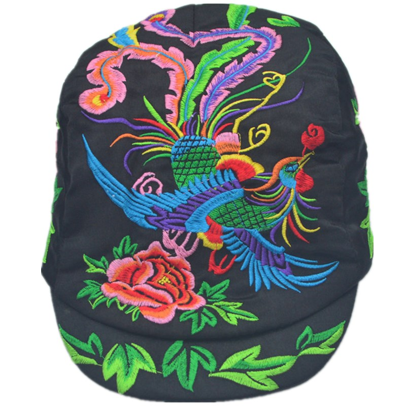 杨丽萍同款民族风刺绣凤凰图案绸缎绣花帽子鸭舌帽女配饰品帽子