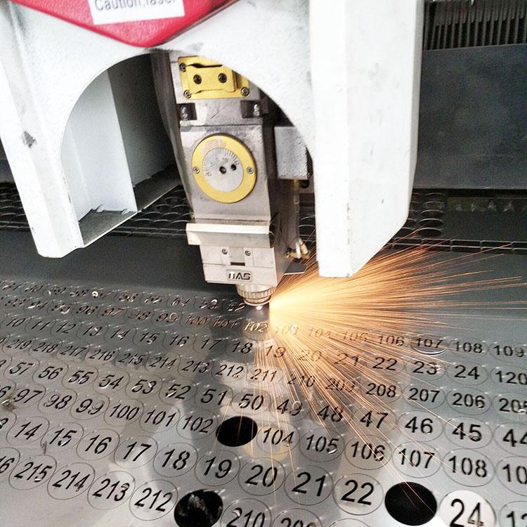 耐高温不锈钢编号数字牌定制 激光镂空切割牌子  空心号码牌定做