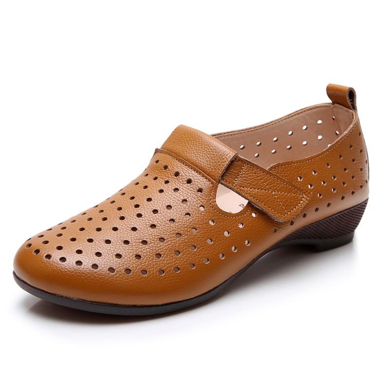 真皮平底凉鞋女洞洞鞋女士包头夏季新款百搭休闲女鞋中年妈妈大码