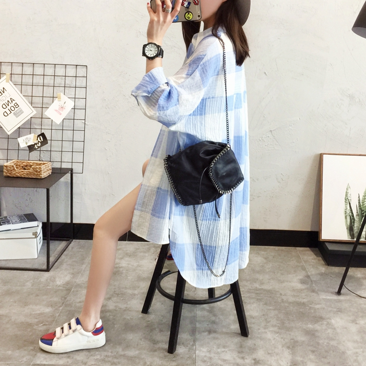 夏季新款韩版宽松中长款棉麻格子衬衫女衬衣薄款开衫防晒衣防晒衫