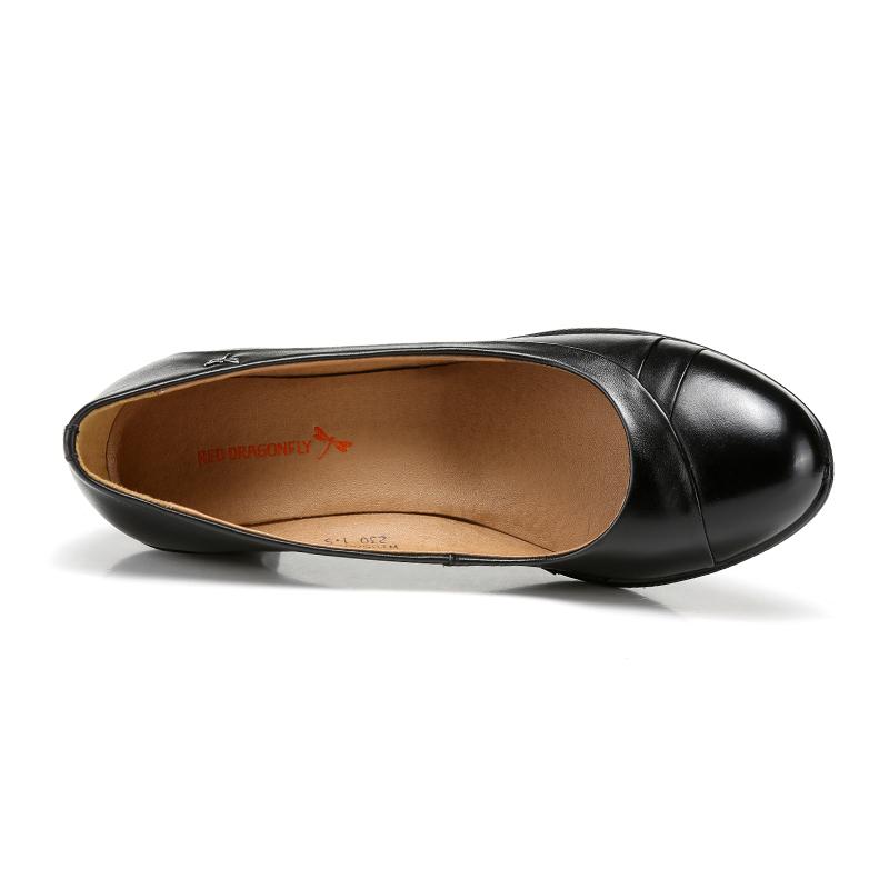 红蜻蜓真皮女鞋单鞋春秋新款正品时尚圆头套脚粗中跟职业女士皮鞋