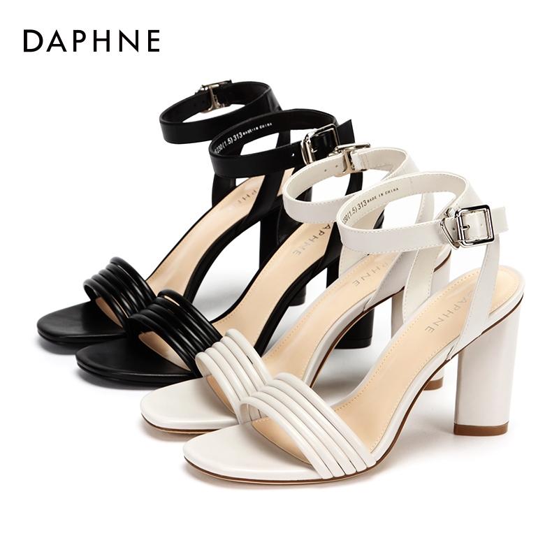 Daphne/达芙妮一字扣高跟鞋纯色优雅方头粗跟凉鞋女1018303049