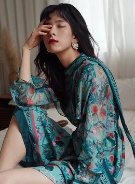时尚法式复古碎花连衣裙2021春季新款洋气收腰显瘦气质连衣裙长裙