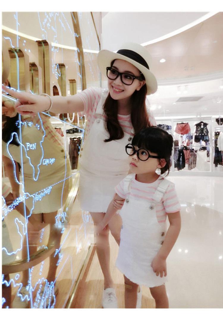 亲子装夏季家庭时尚母女母子纯棉休闲条纹T恤+牛仔背带裙短裤套装