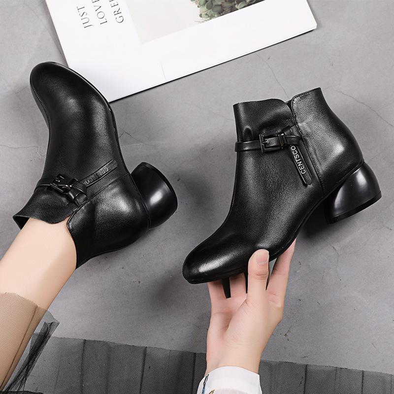 女靴子2020新款秋季真皮女鞋中跟软皮短靴女时尚春秋百搭小皮靴