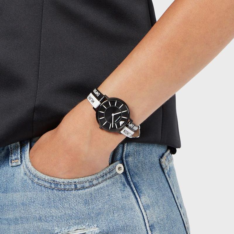 EMPORIO ARMANI阿玛尼手表女 LOGO风时尚皮带石英腕表AR11253
