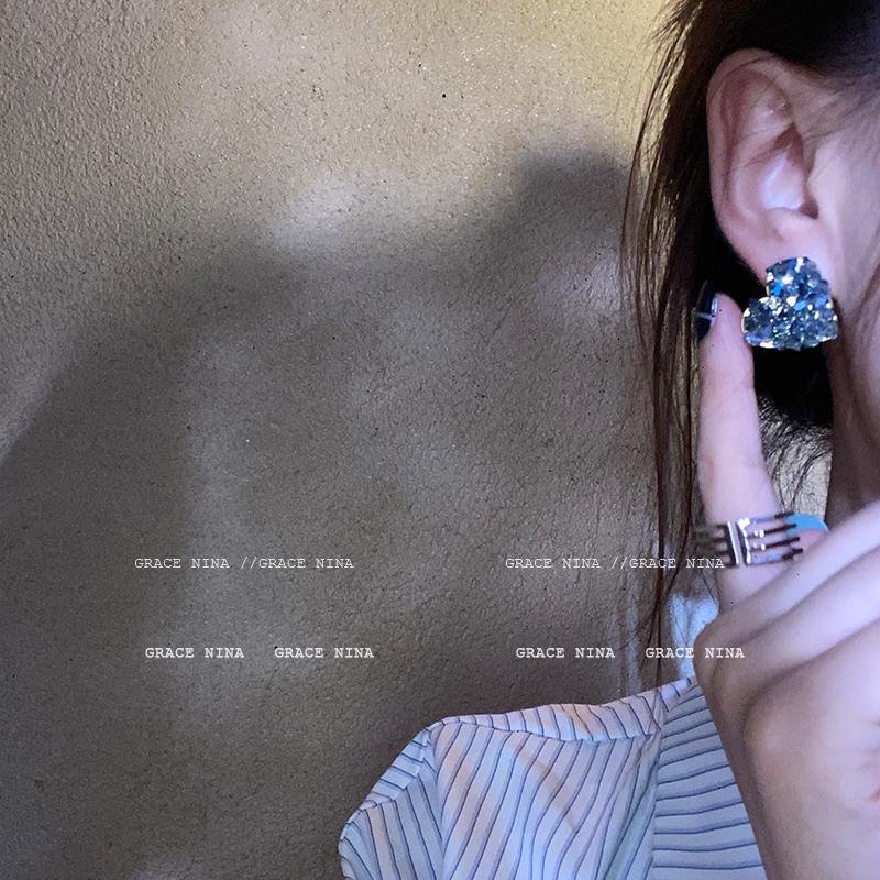 海王的宝藏~爱心碎钻水晶花耳环2021年新款潮耳饰女超闪个性款
