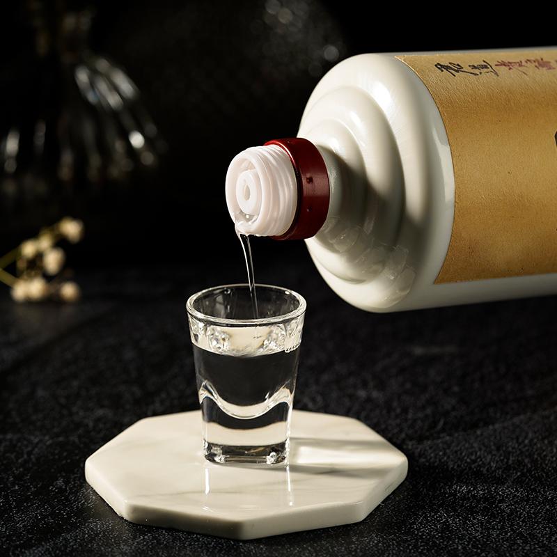 53 °酱香型白酒高粱酒大曲坤沙酒 君道贵酿