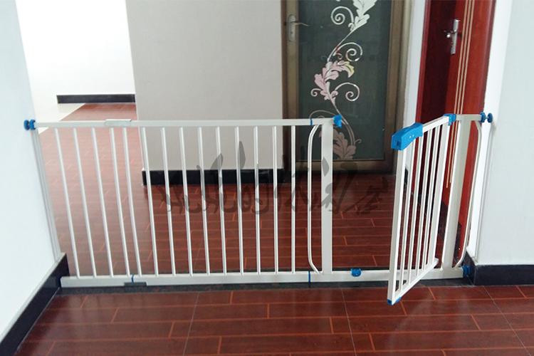 免打孔婴儿童安全门栏宝宝楼梯口防摔门护栏宠物狗围拦门护栏优质