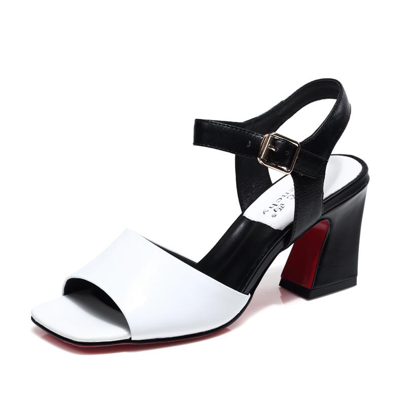 粗跟凉鞋女夏2017新款真皮中跟一字扣带高跟鞋露趾罗马凉鞋女白色