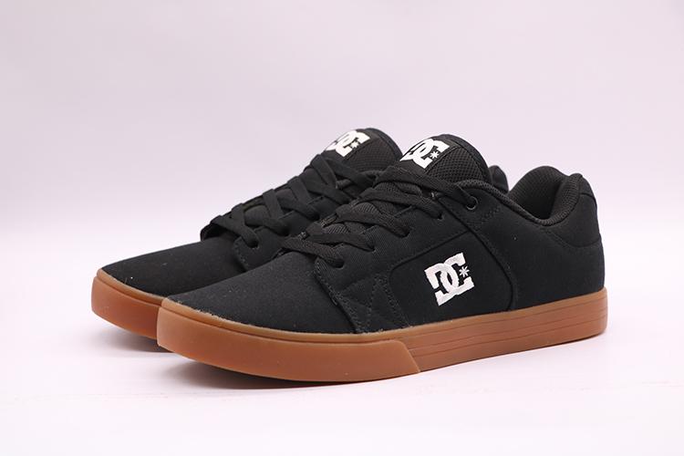多款黑配色经典帆布DC滑板休闲耐磨男女情侣出口大码 lakai滑板鞋