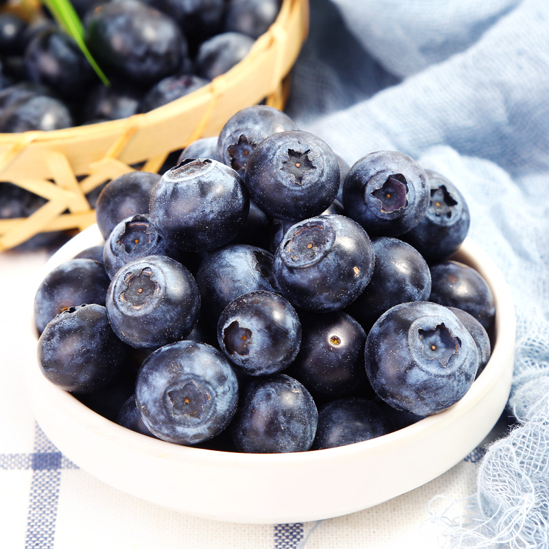 蓝莓鲜果新鲜蓝莓水果现摘现发新鲜蓝梅中果125g*4盒孕妇水果包邮