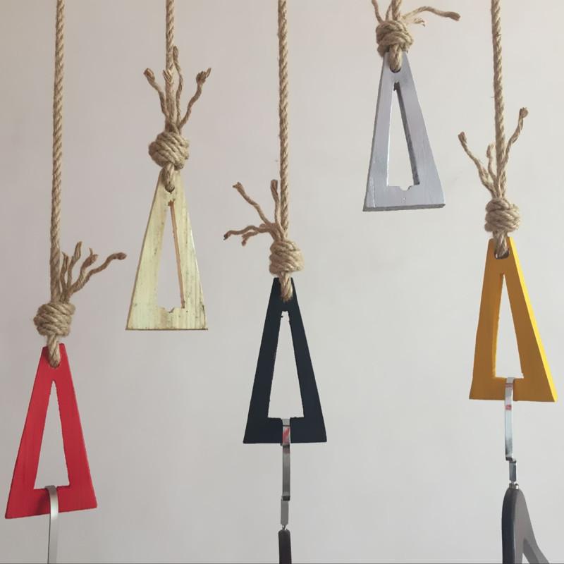 麻绳吊环挂钩  复古服装店吊环展示架装修上墙  吊挂衣架实木吊架