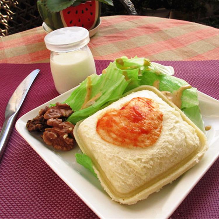 创意三明治制作器 口袋面包吐司盒模具 日式DIY便携式饭团面包机