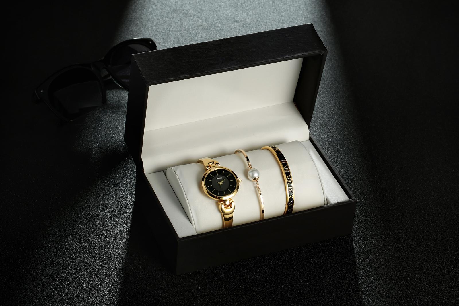韩版简约手表女学生时尚潮流防水石英表休闲时装表钢带手镯手链表