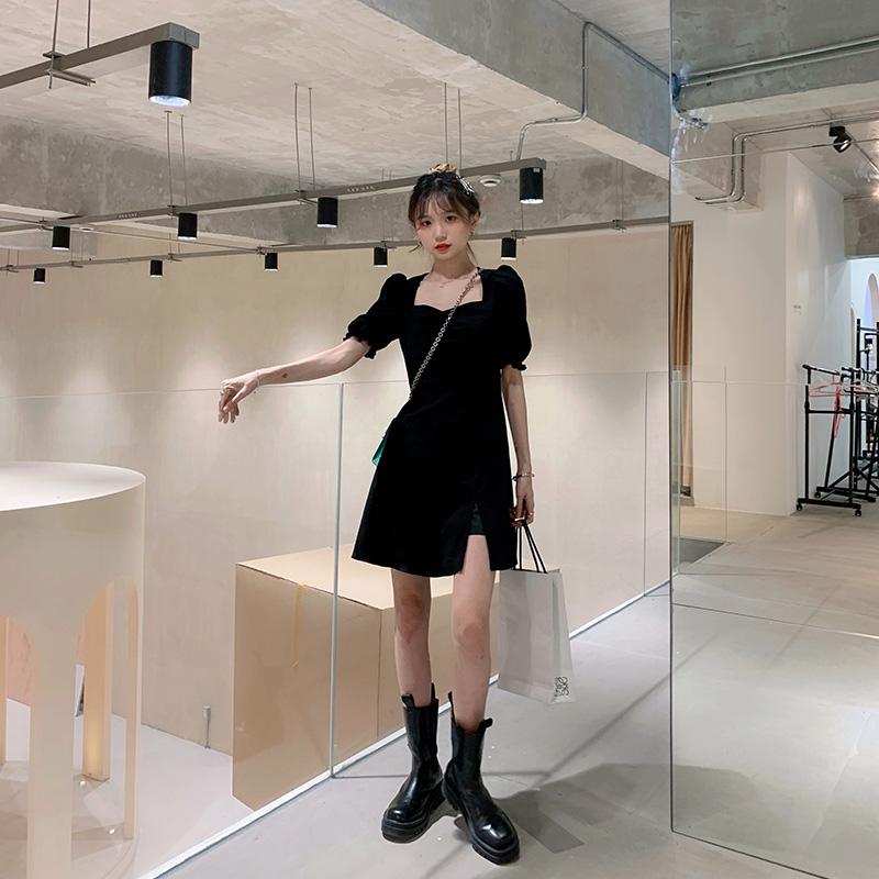 2021夏新款黑色连衣裙女收腰显瘦气质赫本风泡泡袖法式开叉裙子
