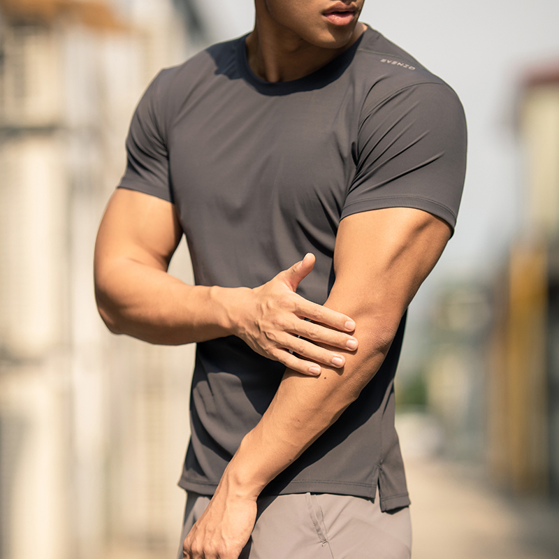 EVENSO Breeze运动短袖 弹力速干健身衣男 夏季跑步上衣修身t恤