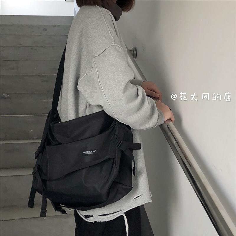 韩国原宿风工装包2021斜挎包男女学生包休闲百搭机车包 i