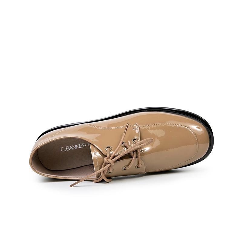 A20100101WX 春季新品时尚漆皮小皮鞋系带女单鞋 2020 千百度女鞋