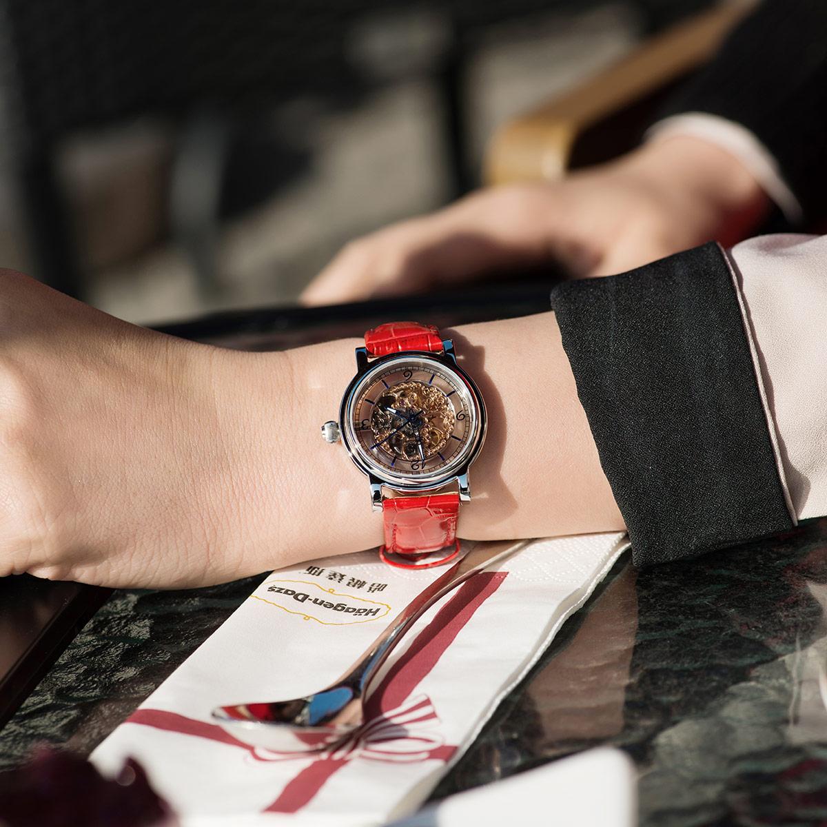 上海牌手表女机械表正品女士手动上链机械表皮带镂空腕表女表 604