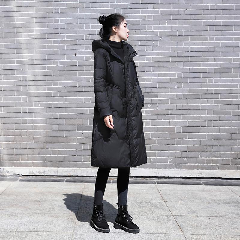 2020年新款冬装韩版女装中长款收腰显瘦黑色羽绒服时尚白鸭绒外套 【在售价】439.00 元 【券后价】429.00元 ----------------- 【立即领券】点击链接即可领券购买:https