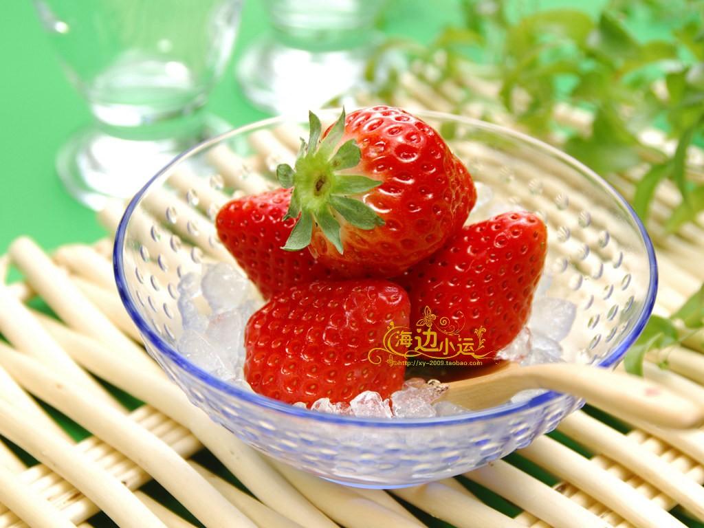 【包邮】山东龙口产 乐滋/乐稵冻干草莓脆 整箱60袋*20克