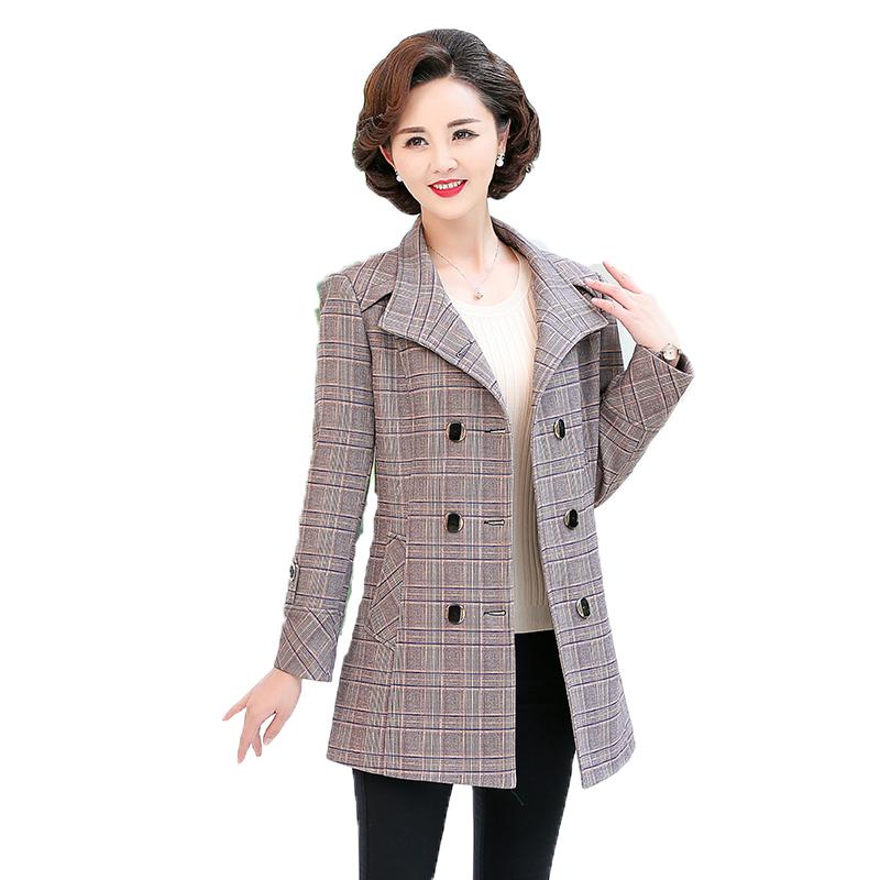 格子上衣 50 岁 40 新款冬装中年 2020 中老年妈妈风衣女春秋中长款外套