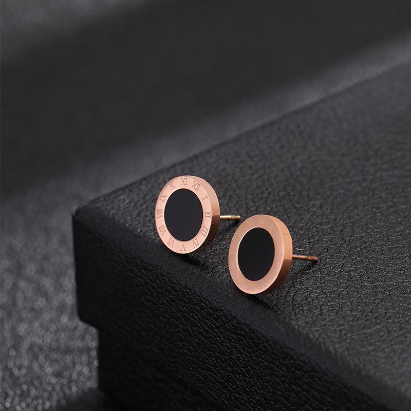 玫瑰金钛钢高级感项链女法式潮网红ins简约气质耳环套装链子配饰