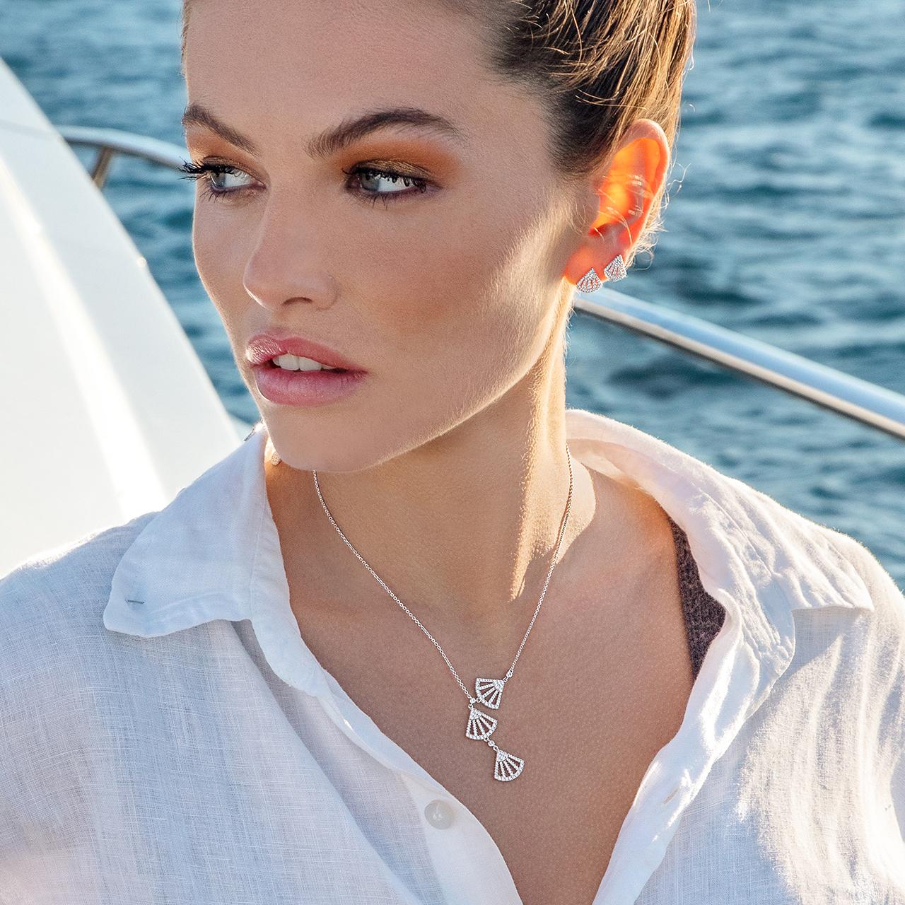 Baby  年新款潮气质轻奢高级感耳饰 2021 APM Monaco 小扇子耳钉女银